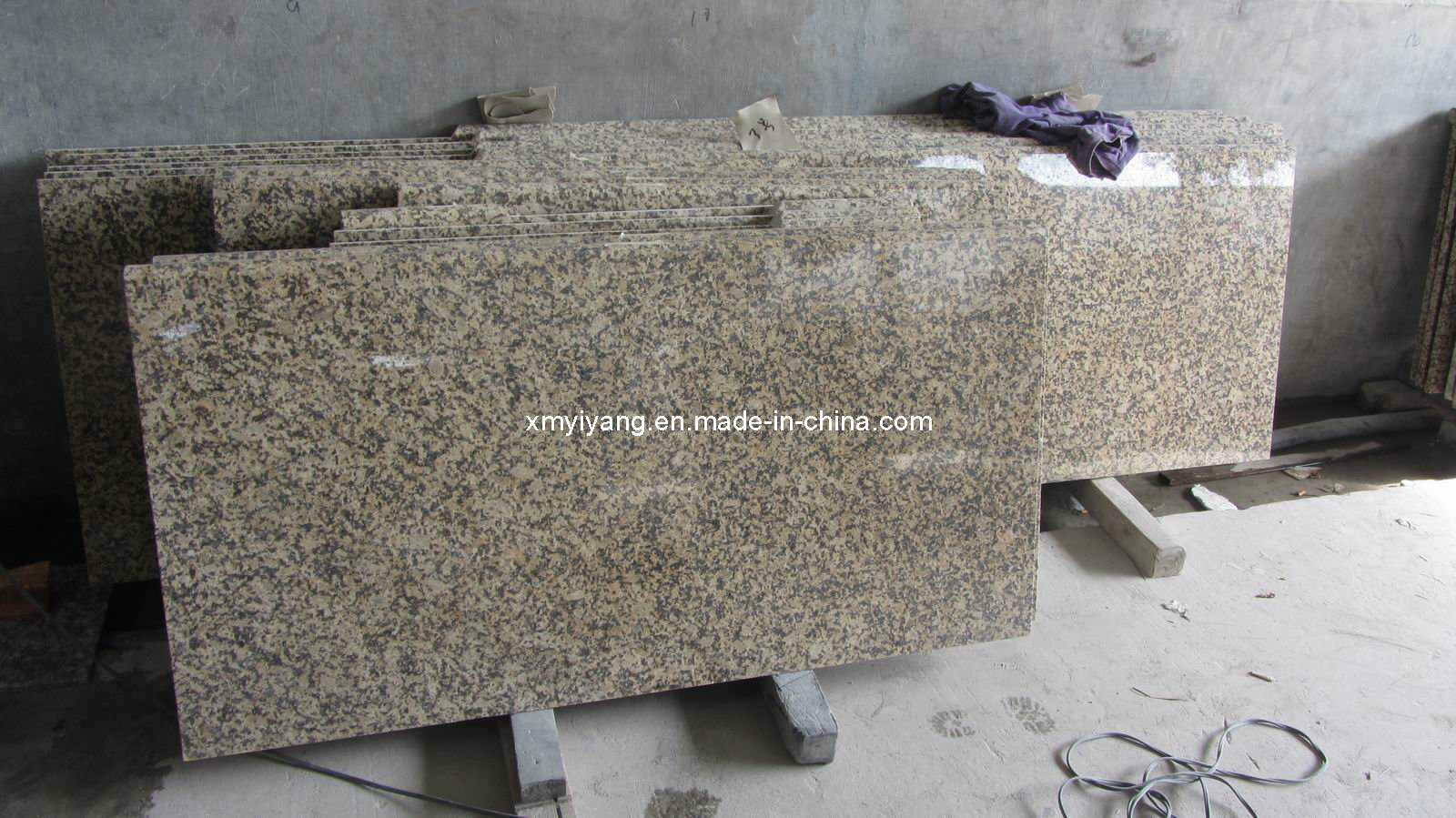 Daisy Yellow Granite Countertop for Kitchen, Bathroom, Island, Bar