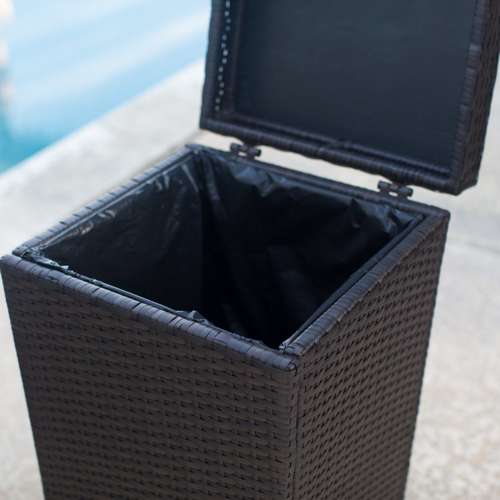 Well Furnir T-032 Wicker Outdoor Trash Can