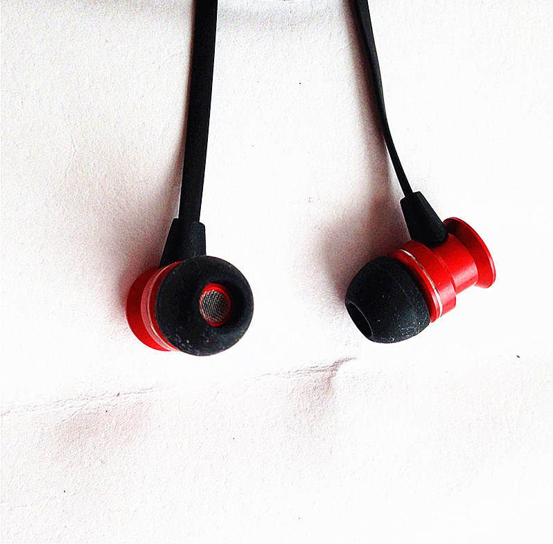 Portable with Microphone and Volume Controller in-Ear Headphone