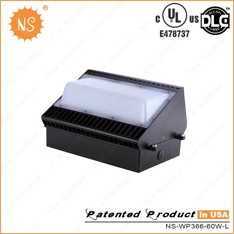 UL Dlc Listed IP65 60W LED Outdoor Wall Light