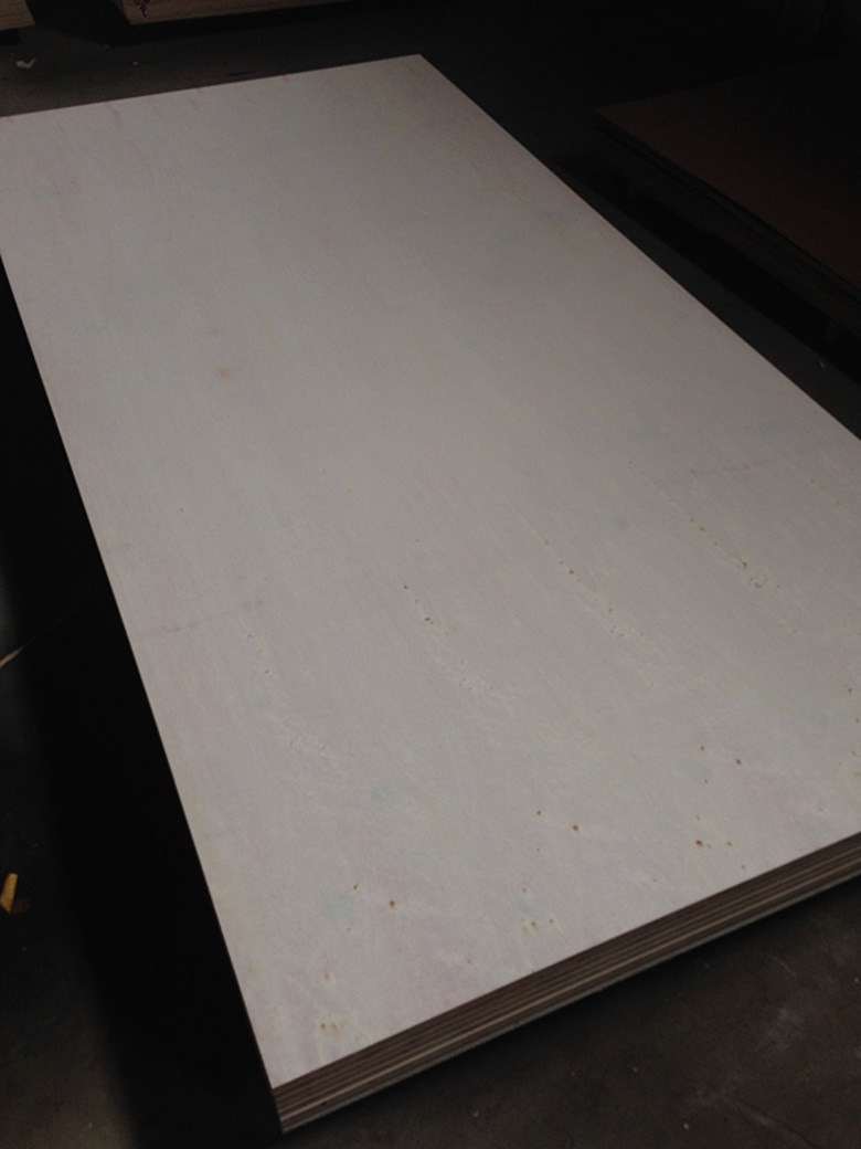 18mm A Grade Natural White Poplar Fancy Plywood for Decoration and Furniture