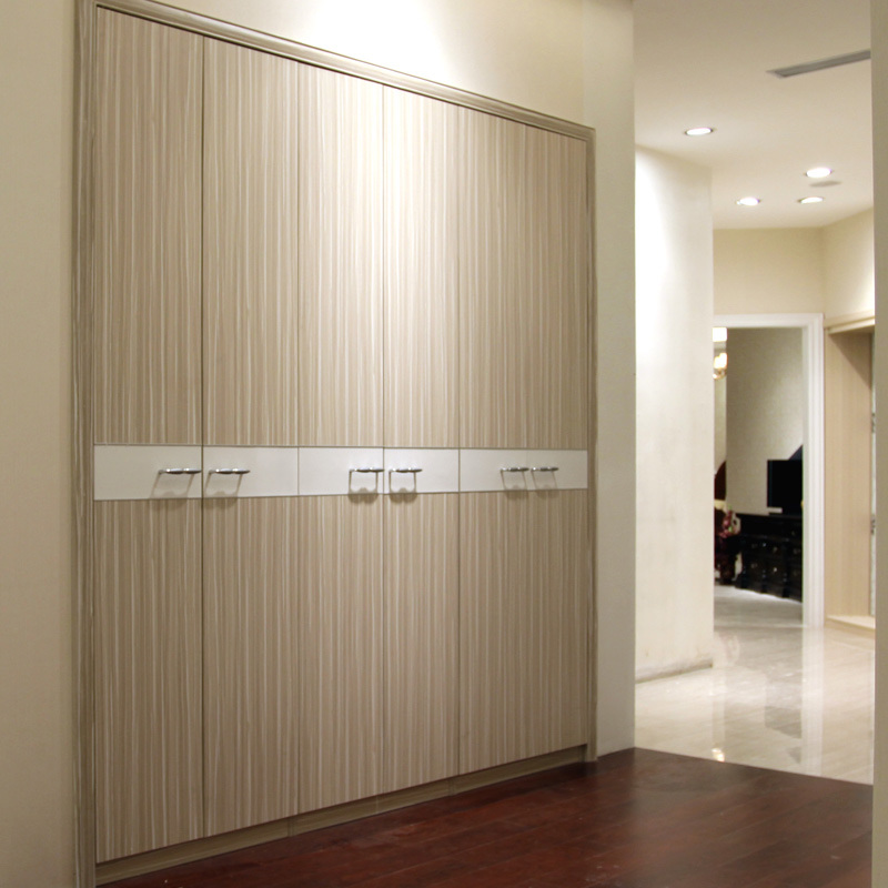 China bedroom furniture swing doors built in wardrobes yg11236 photos pictures made in for Built in wardrobes in bedroom