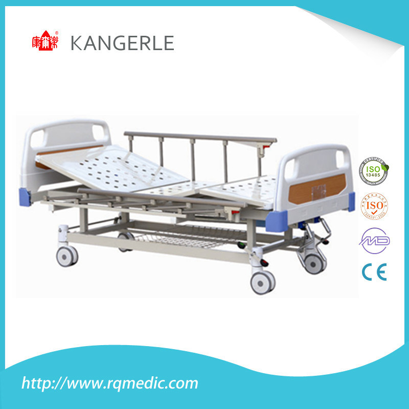 ISO/CE China Factroy Manual Two Carank Hospital Bed.