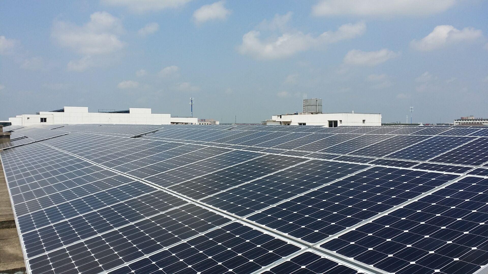 Pid Resistant Black Frame 270W Monocrystalline Silicon Solar Panel