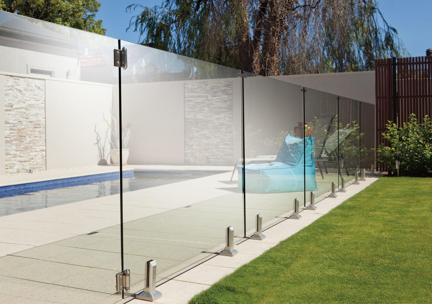 Balcony Glass Balustrade Stainless Steel Spigot Swimming Pool Glass Railing