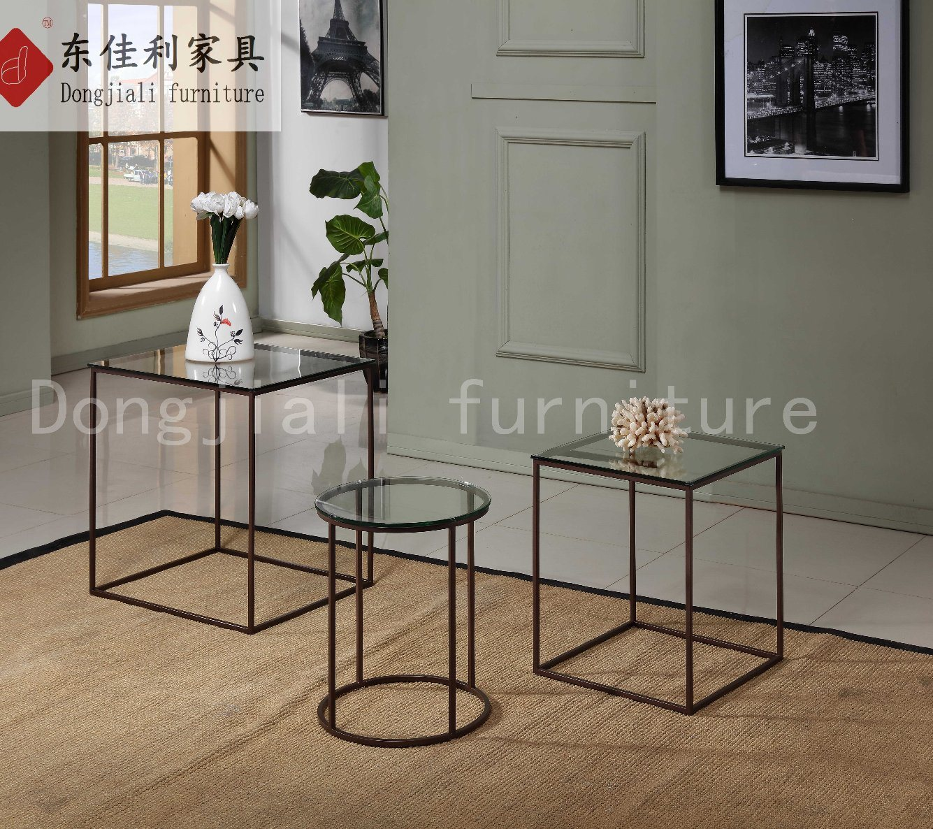 Black Steel Frame with Clear Tempered Glass Side Table