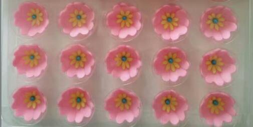 Hot Selling Cake Decoration Flower Shape Chocolate