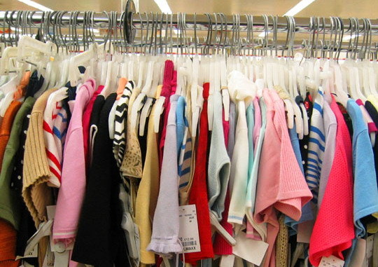 How to Make Money Selling Your Clothes at a Consignment Shop