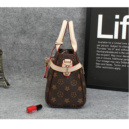 Leather Woman Bags with Lock Closure Hand Bag 2015 Designer
