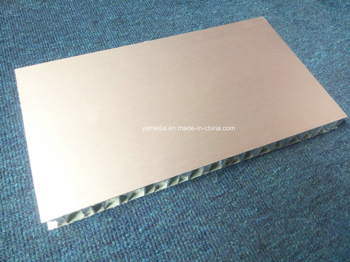 15 Years Warranty PVDF Coated Aluminum Honeycomb Panels for External Facades