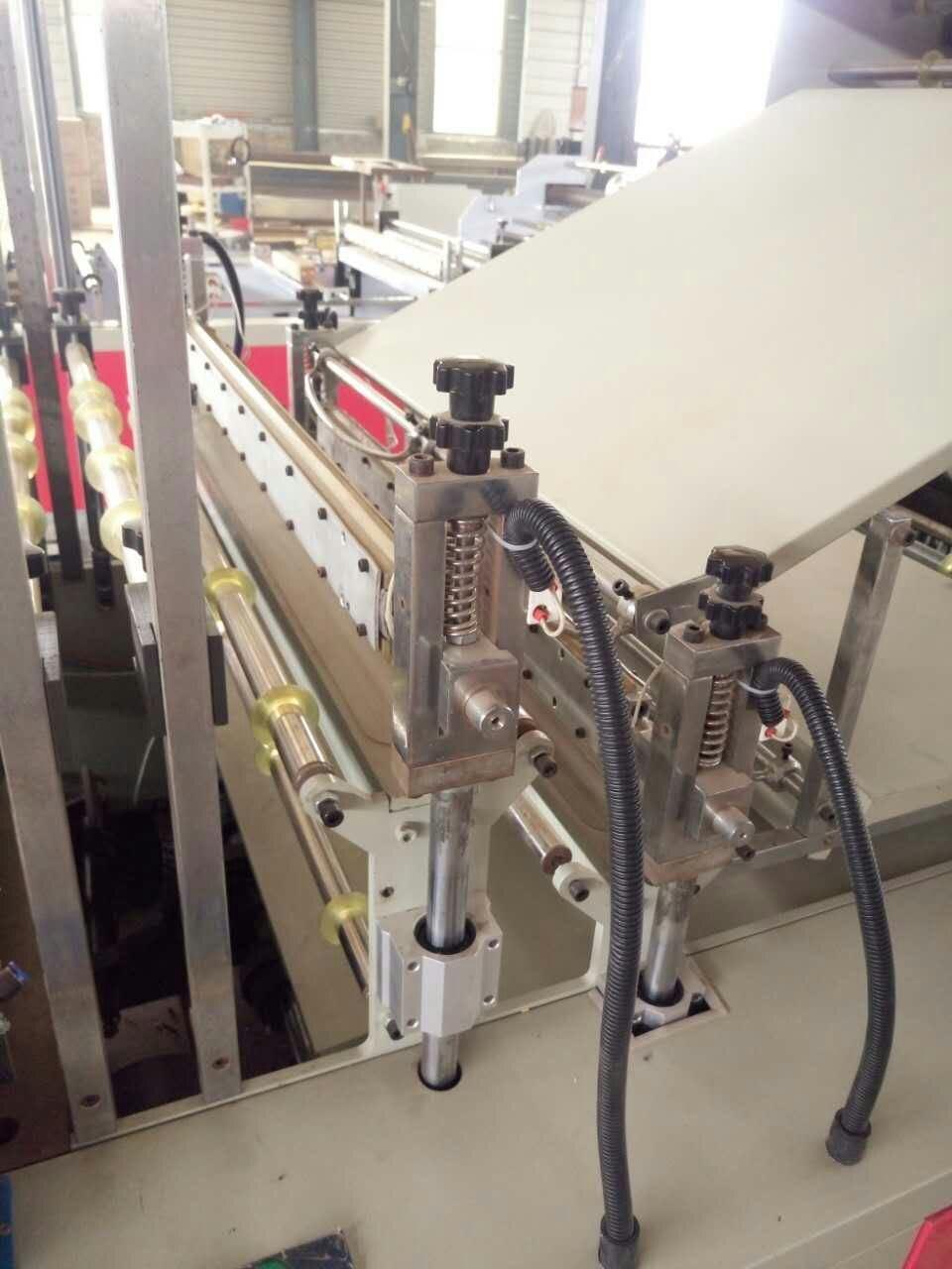 Dual Drive Full Automatic T-Shirt Bottom Sealing Bag Making Machine