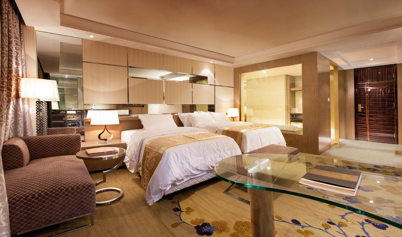Luxury Custom Made Hotel Furniture Bedroom Set (NL-GZ021)