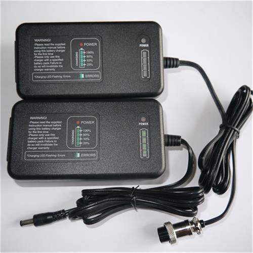 14.4V 2.8A LiFePO4 Battery Charger