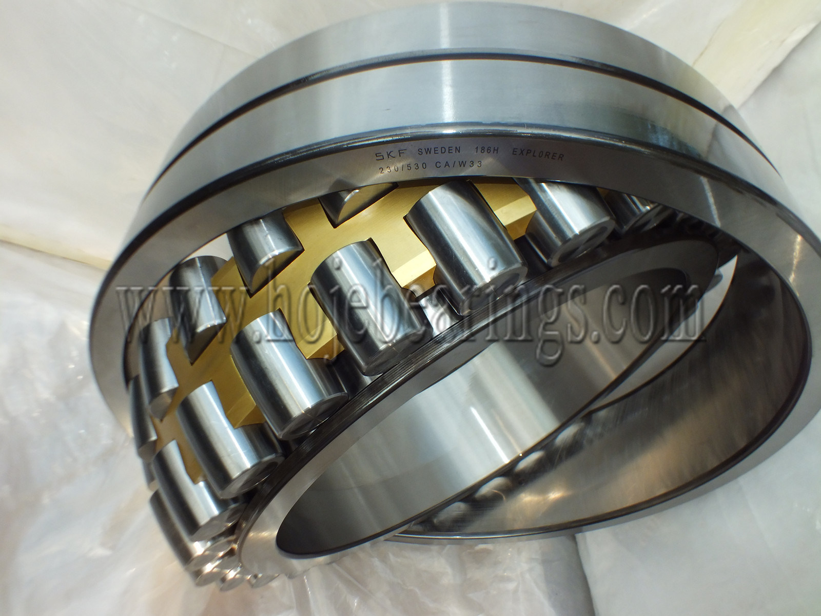 Best Capacity and Automotive Machine Spherical Roller Bearing 24088 24188