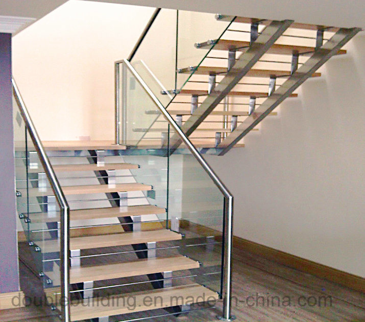 Anti-Slip Solid Wood Used Straight Staircase Design with Metal Railing