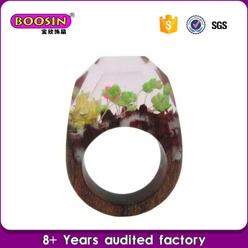 Custom Fashion Real Flower Jewelry Natural Wood and Resin Rings