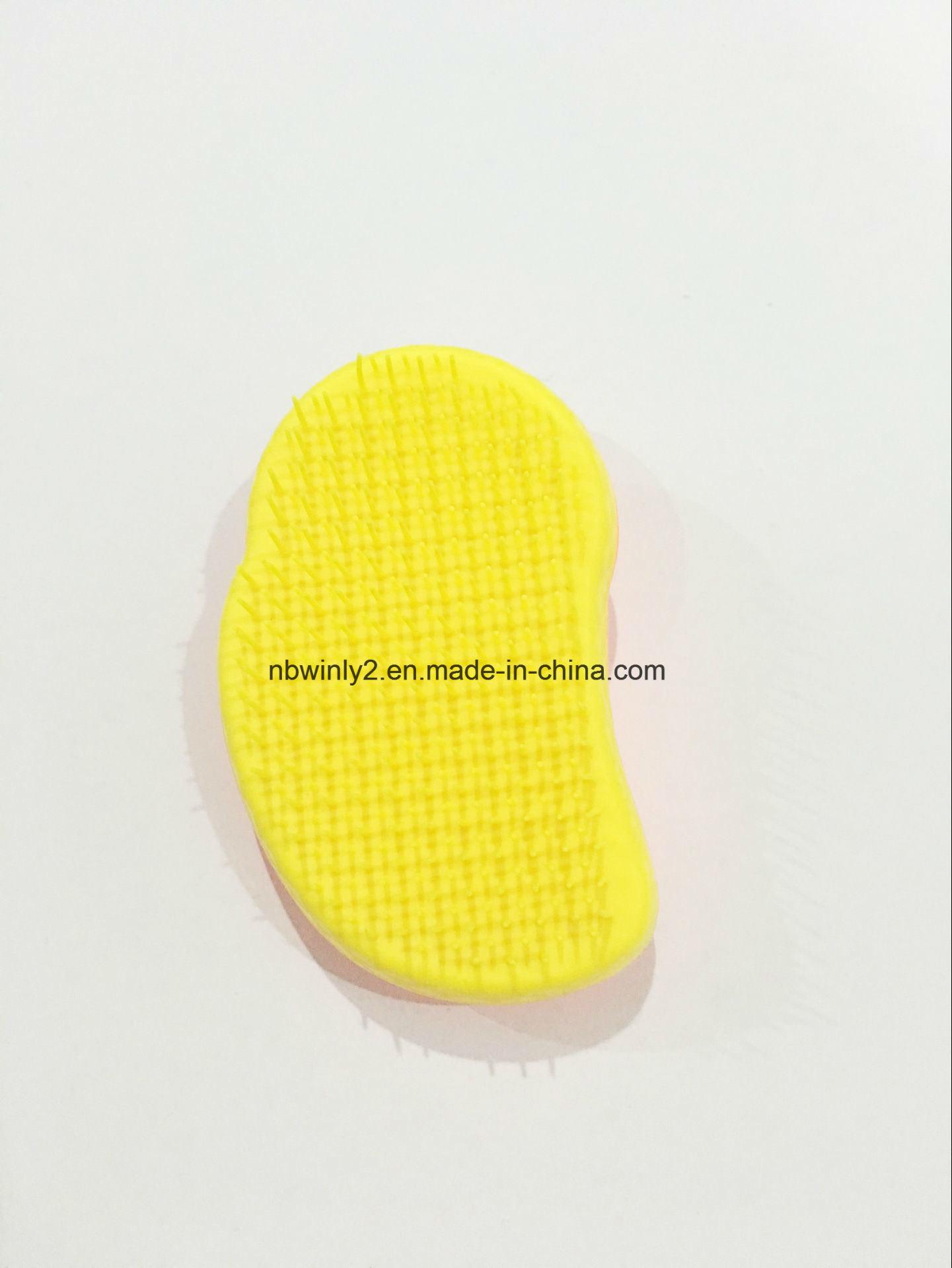 Mouse Shape Mini Plastic Detangle Brush