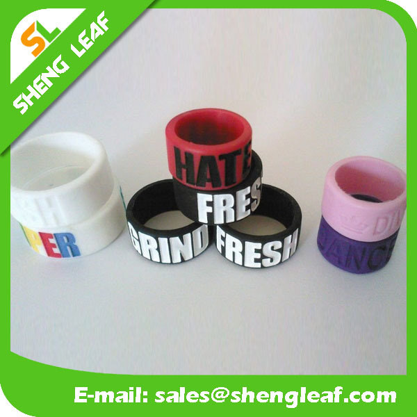 Personalized Fashion Advertising Colorful Silicone Finger Rings (SLF-SR022)