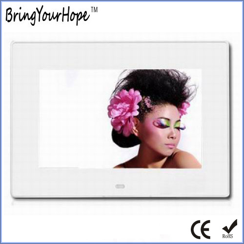 Video MP3 Playback 7 Inch Digital Photo Frame Player (XH-DPF-070J)