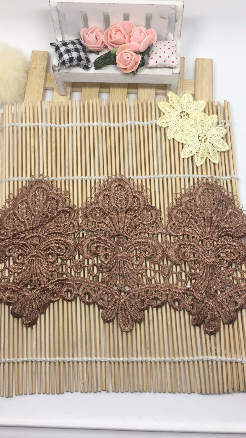 High-End Guipure Lace Stock Wholesale 13cm Width Embroidery Water Soluable Lace for Garments/Home Textiles/Curtains Factory Direct Sale
