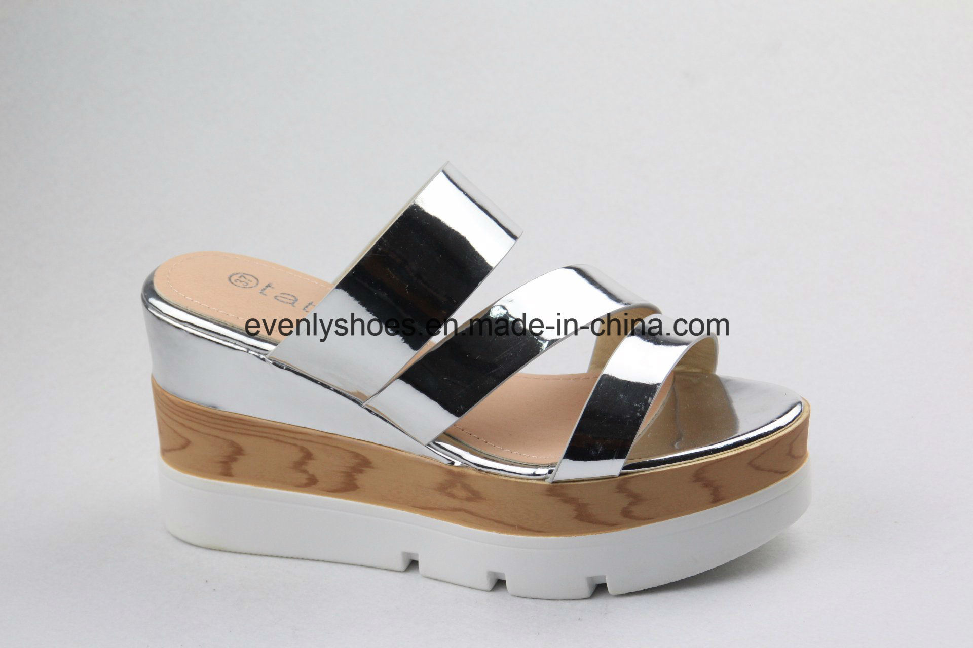 New Fashion Lady Sandal Women Shoes with Shinning Color