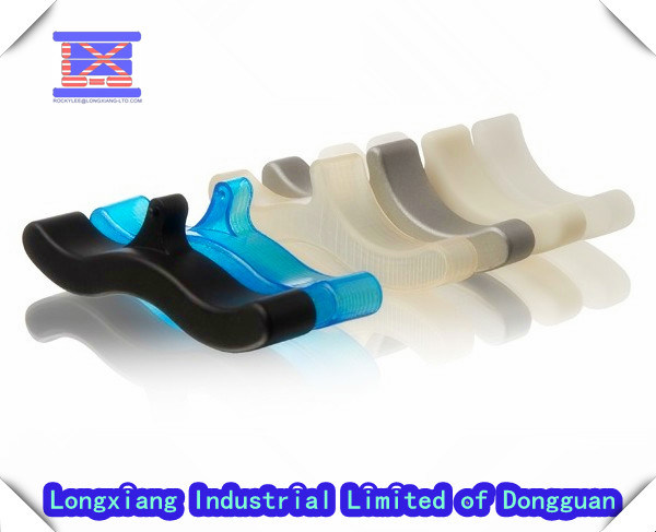 Injection Mould for Plastic Clip From Dongguan