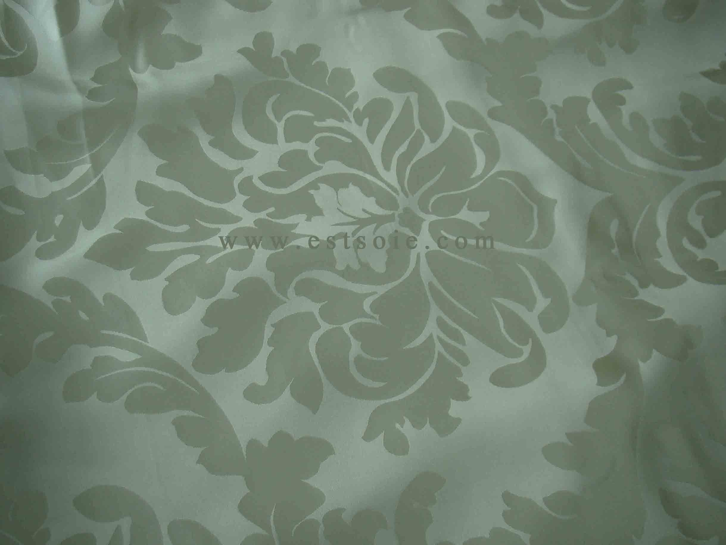 China Silk Jacquard Bedding Set (Seamless 140-280cm Width) - China ...