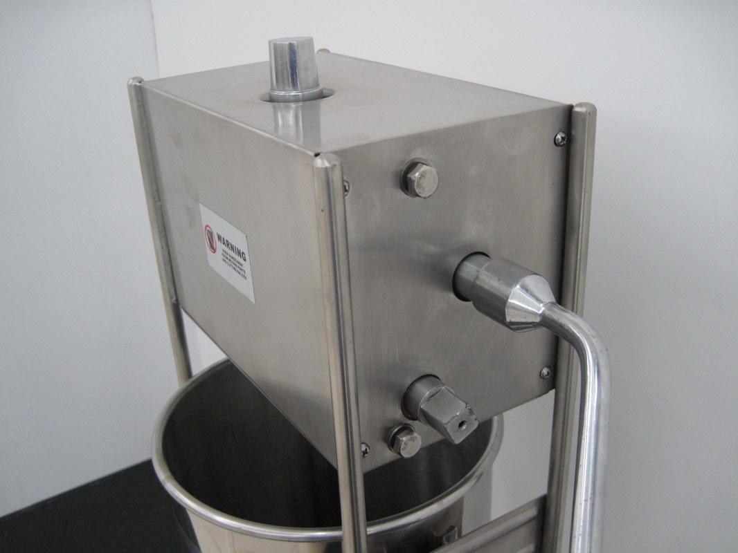 Stainless Steel 3/5/7L Vertical Sausage Stuffer (GRT-VSP3/5/7)