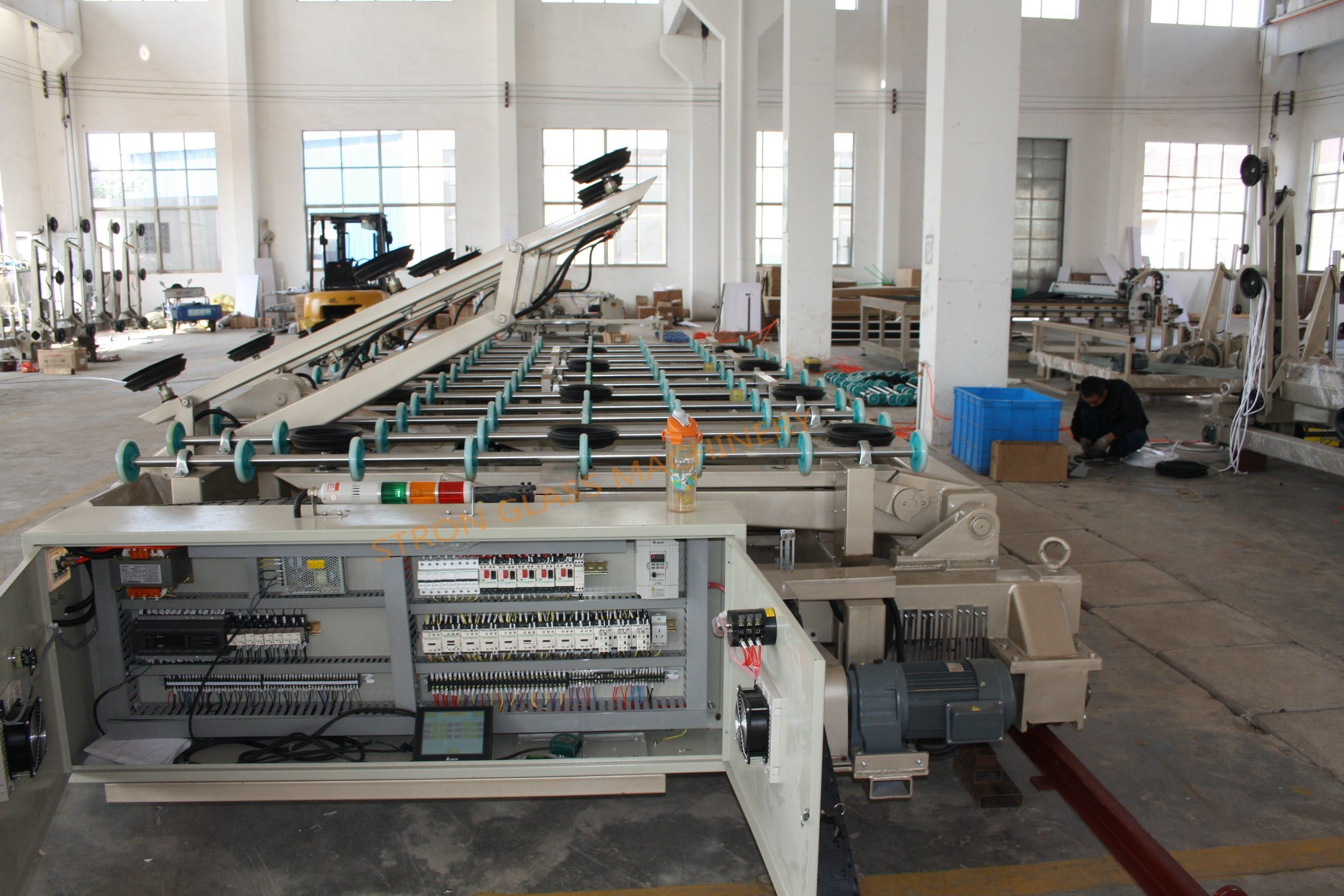 5133 Automatic Glass Loading Machine