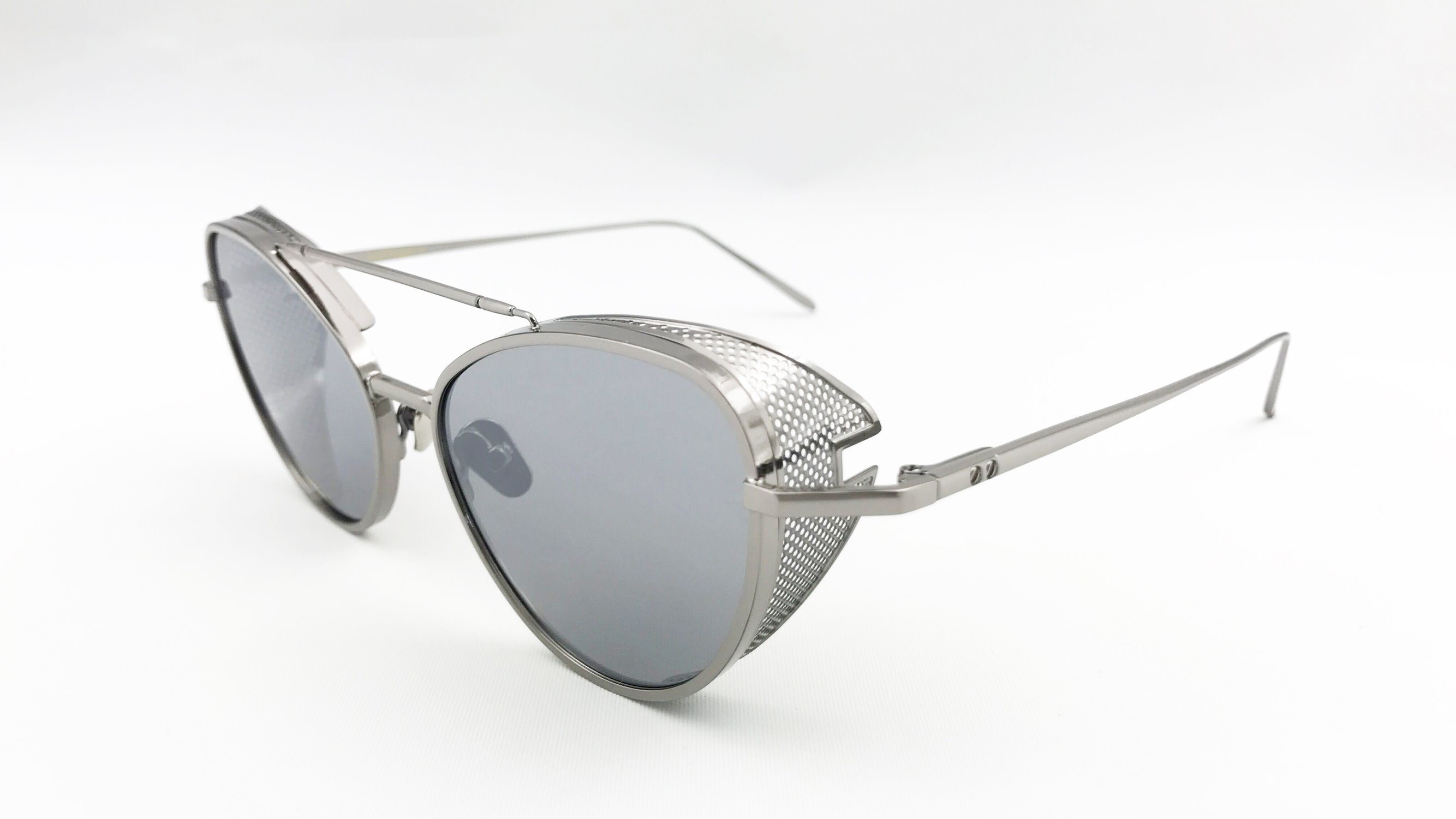 Gentle Monster Popular Style, Metal Sunglasses with Nylon Lens. Eh1612