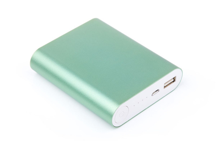 Large Capacity 10400mAh Portable Mobile Phone Battery Power Bank with Customized Logo