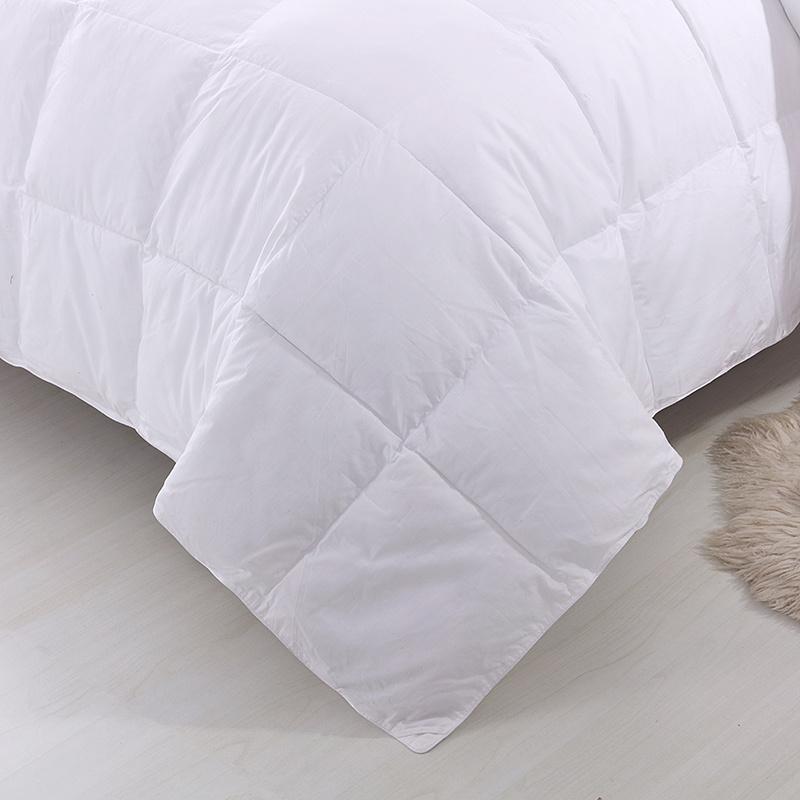 Home Textile 1.2D Siliconized Fiber Down Alternative Comforter