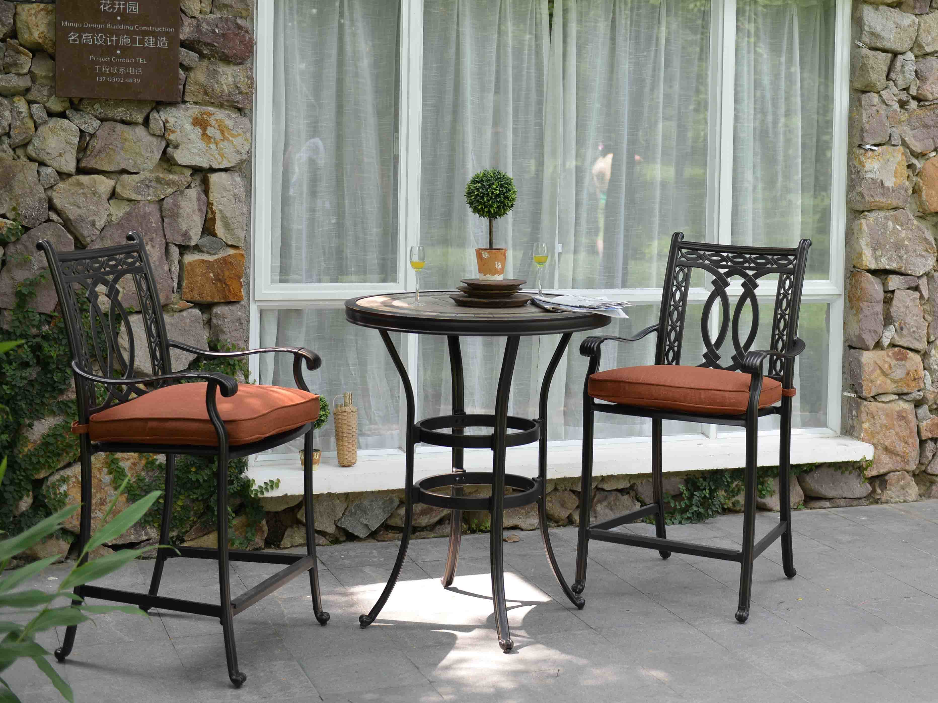 New Traditional American Style Outdoor Garden Furniture Iron Metal Restaurant Bar Table and Barstool