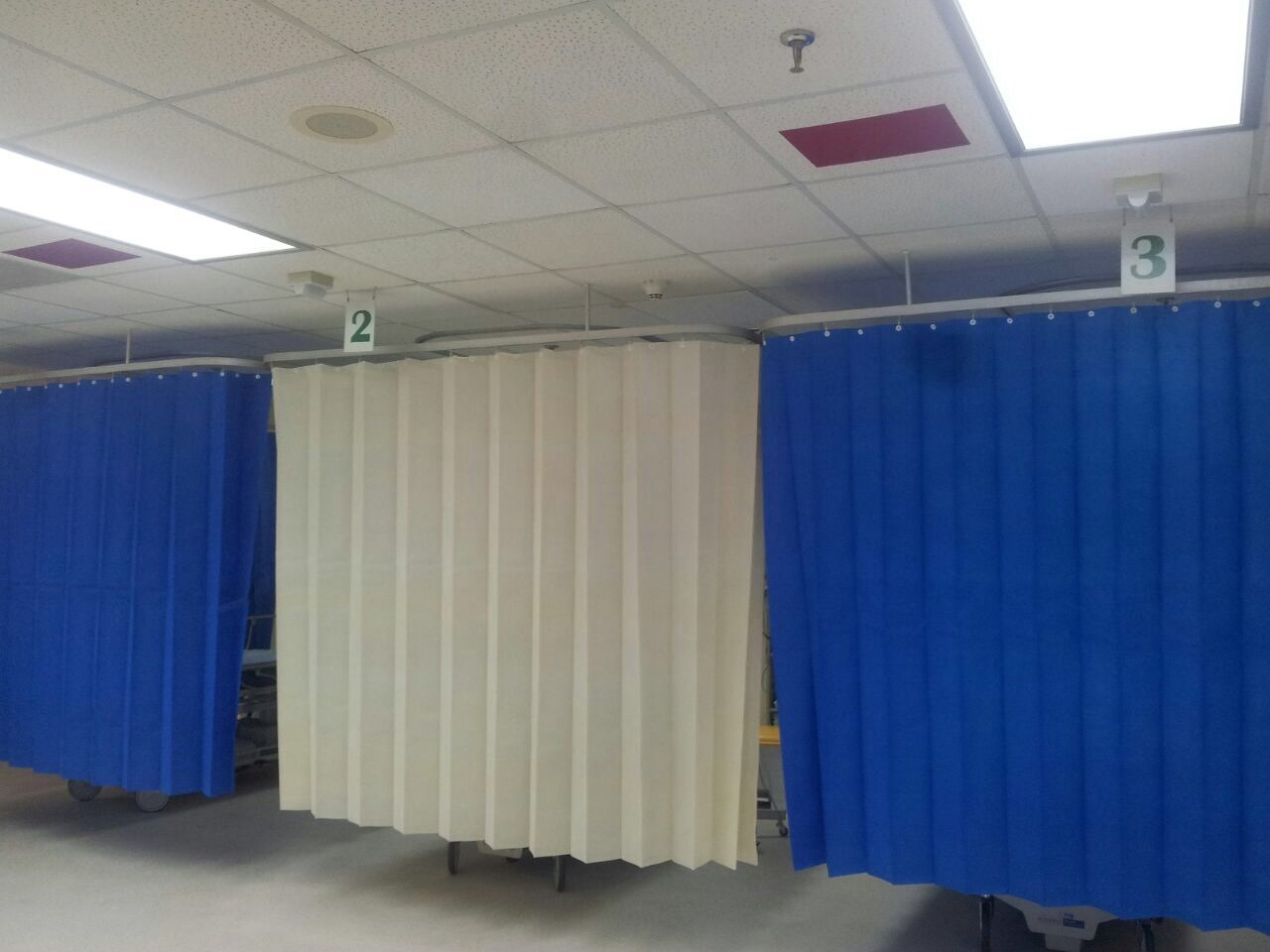 Antibacterial and Flame Retardant Disposable Curtains