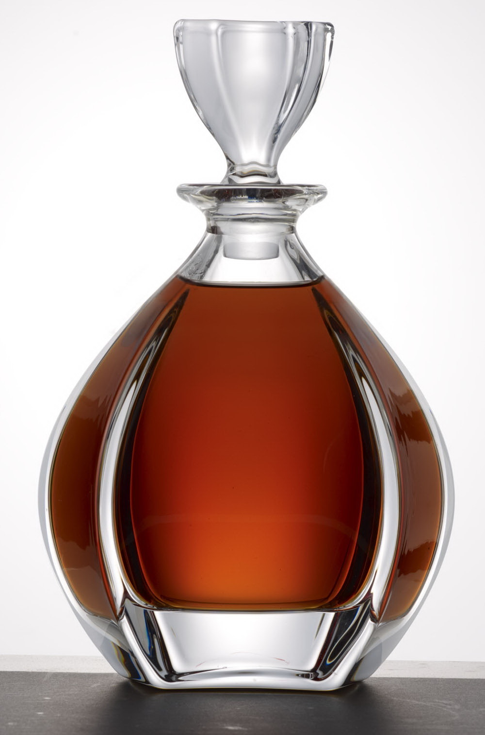 Cognac on pinterest globes faber castell and glasses for Cognac design