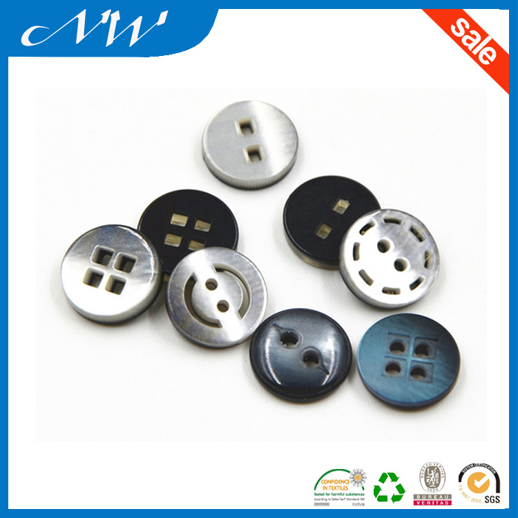 Imitation Shell Button Effect Resin Button with Flower Shaped