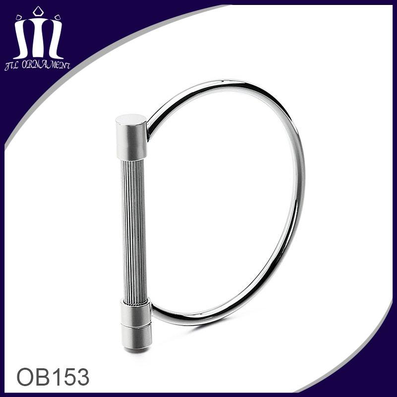 Latest Design Bar Bracelet with Screw