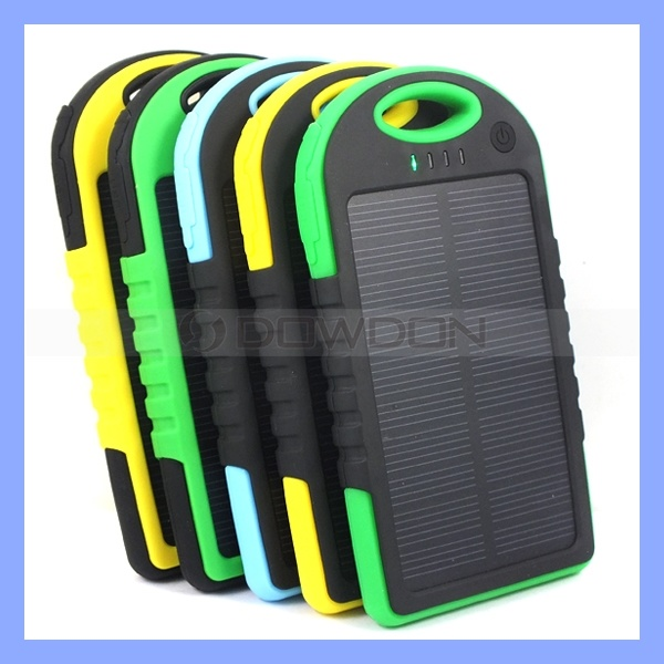 Waterproof 5000mAh Solar Charger Power Bank with Hook for iPhone/ Samsung Mobile Phones