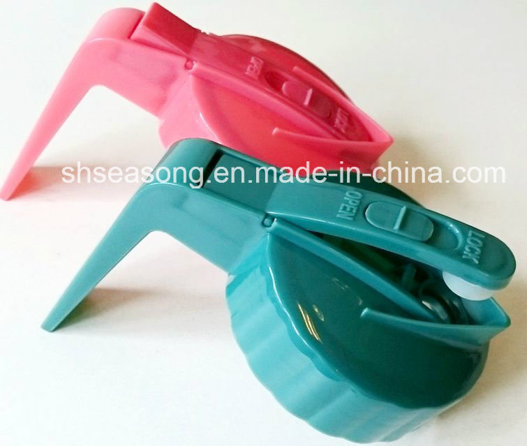 Plastic Cap / Bottle Cap / Jug Lid with Handle (SS4305)