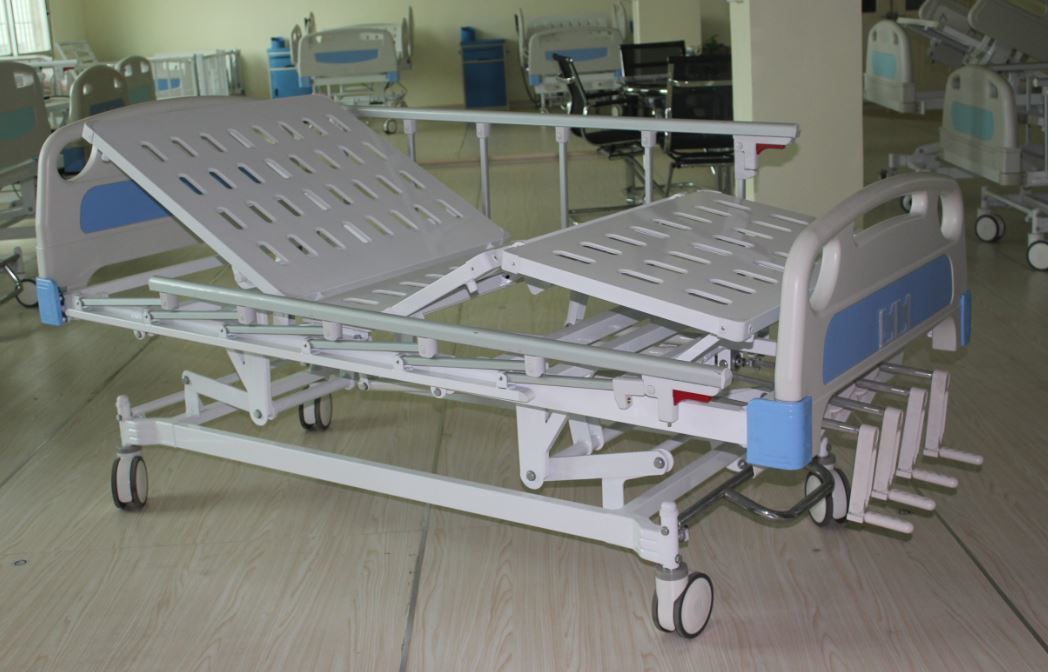 Four-Crank Manual Hospital Bed (SK-MB101)