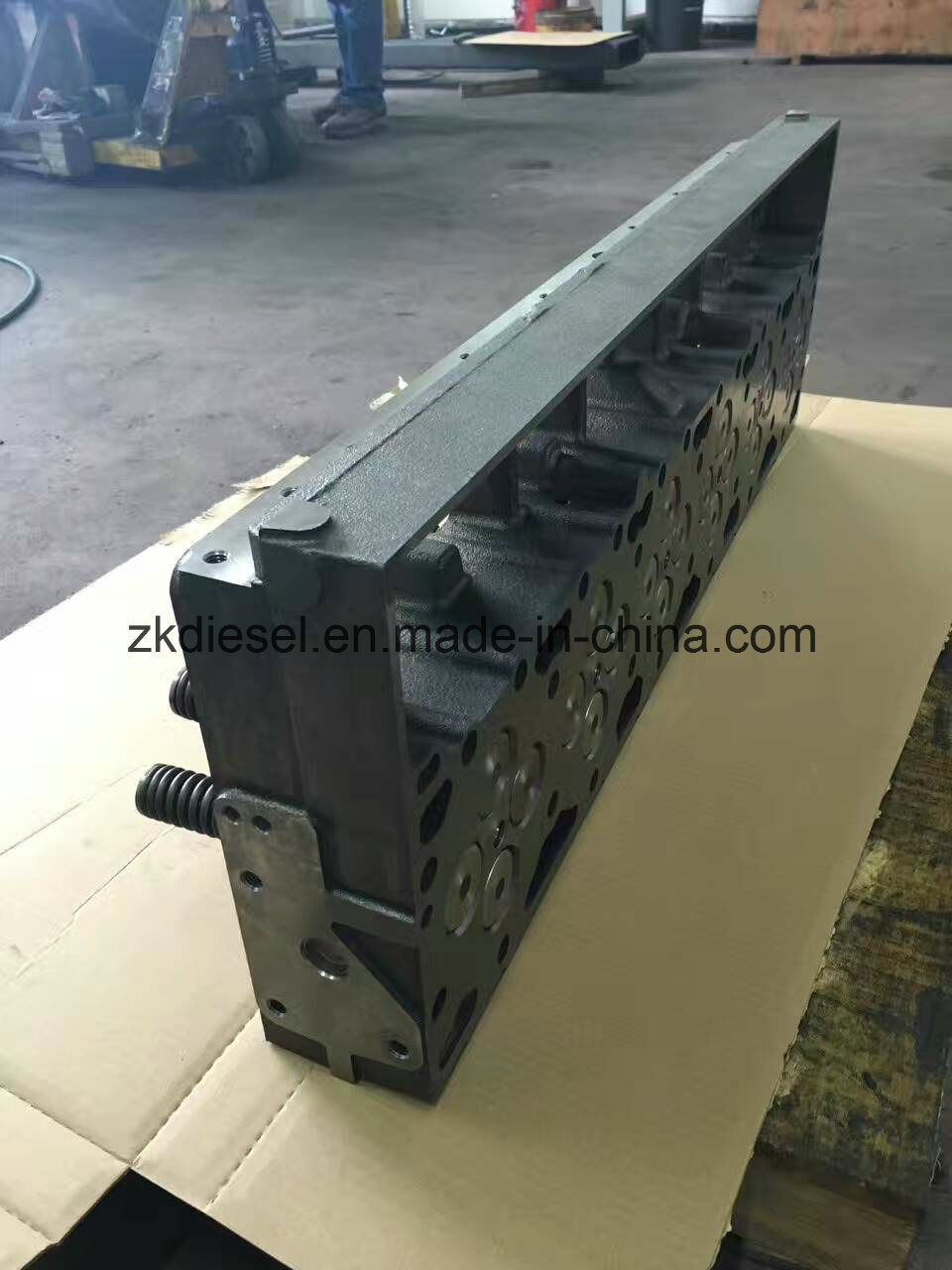 ISM11 M11 Qsm11 Cylinder Head