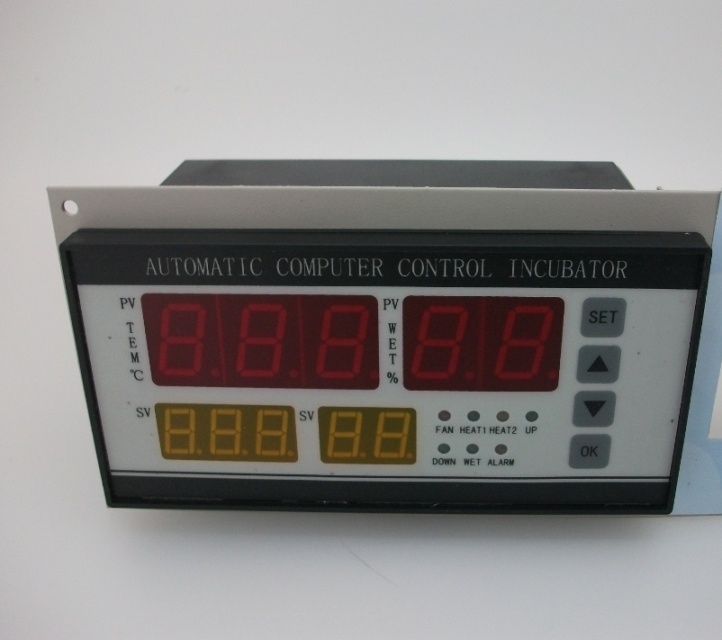XM-18 Four Screen Automatic Incubator Temperature Controller