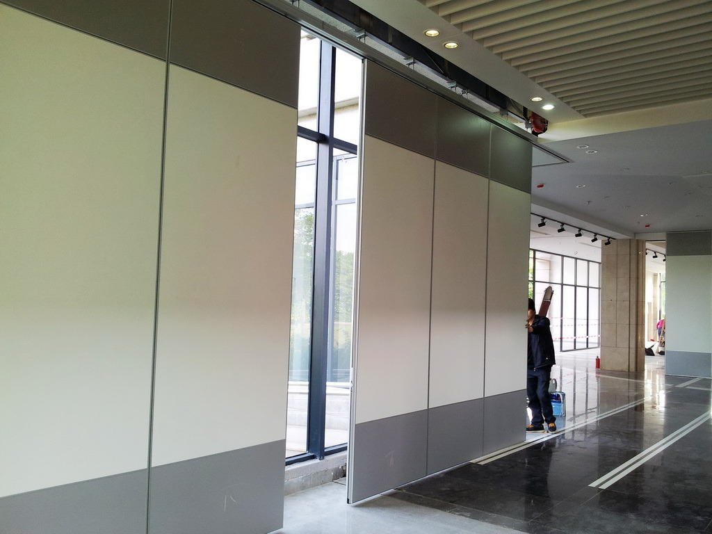 Movable Wall Partitions Photos Pictures