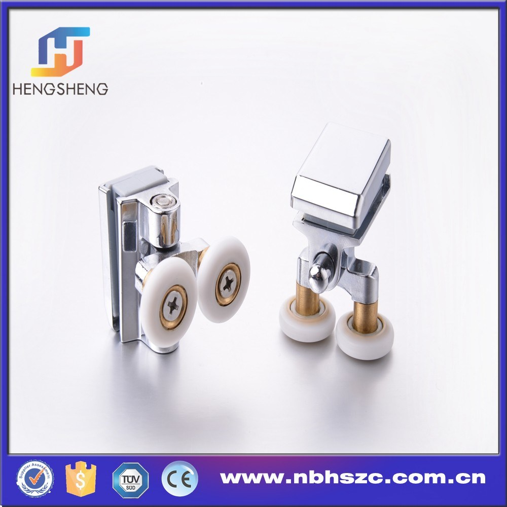 Well-Shaped 45 Degree Zinc Alloy Twin Shower Roller