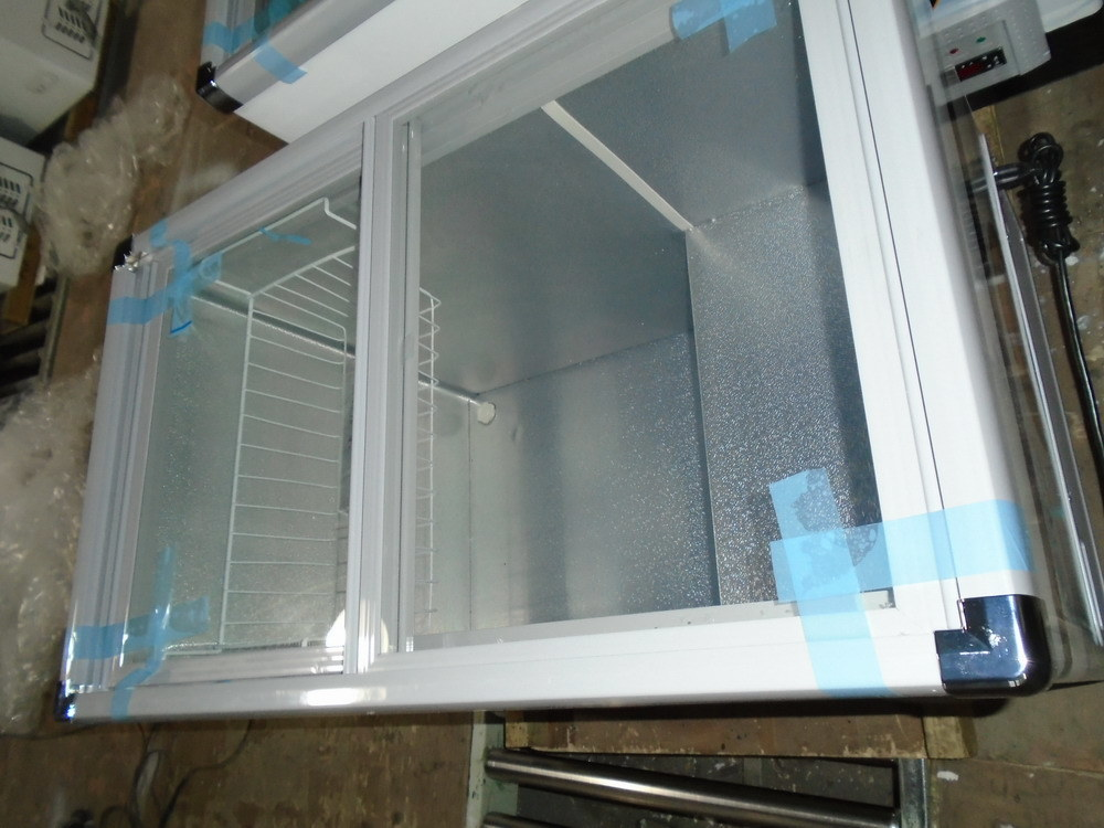 Flat Glass Door Freezer (SDSC-300)