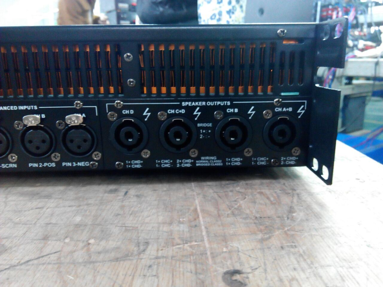 China Most Popular 1350W Digital PA Amplifier Audio