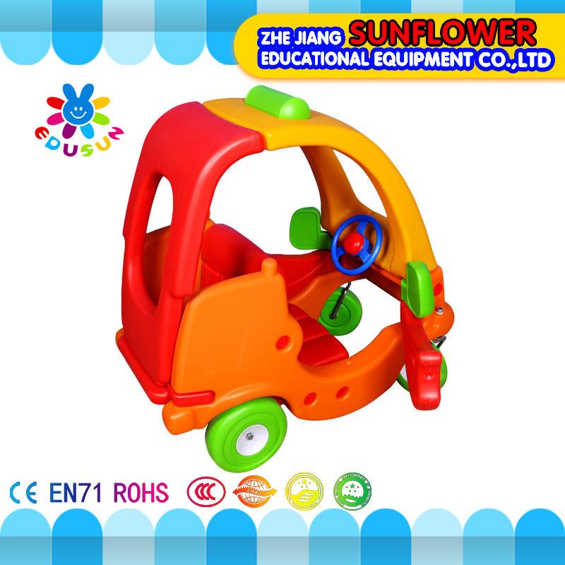 Kids Plastic Toy Car for Preschool (XYH12072-3)
