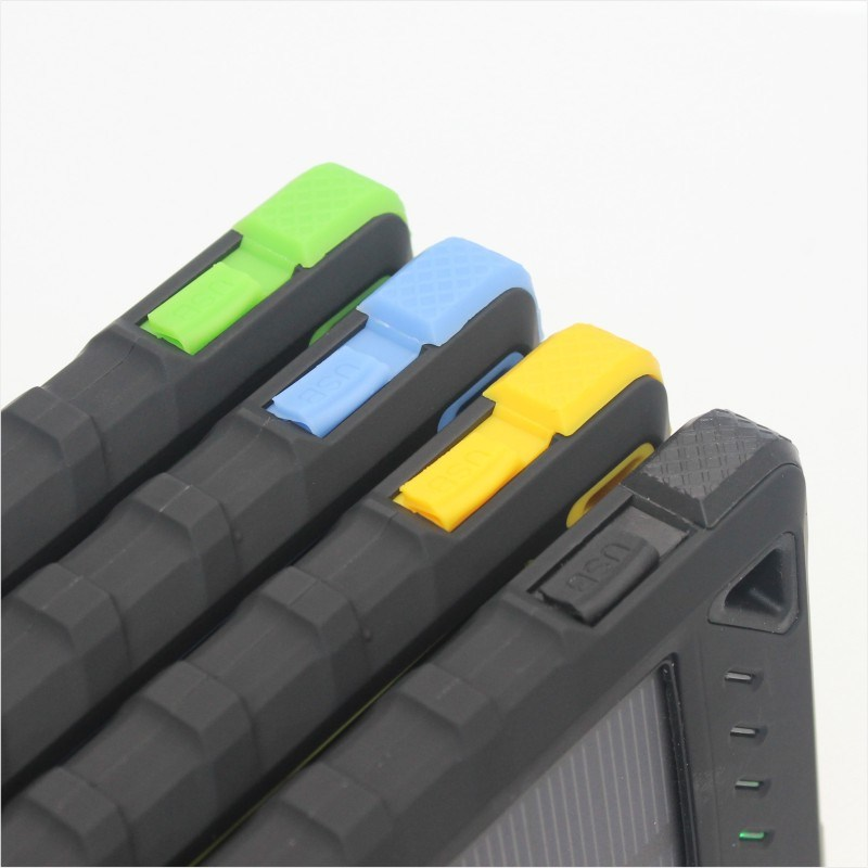 Universal 5V 2A 1USB 8000mAh Portable Battery Solar Charger with Good Feel