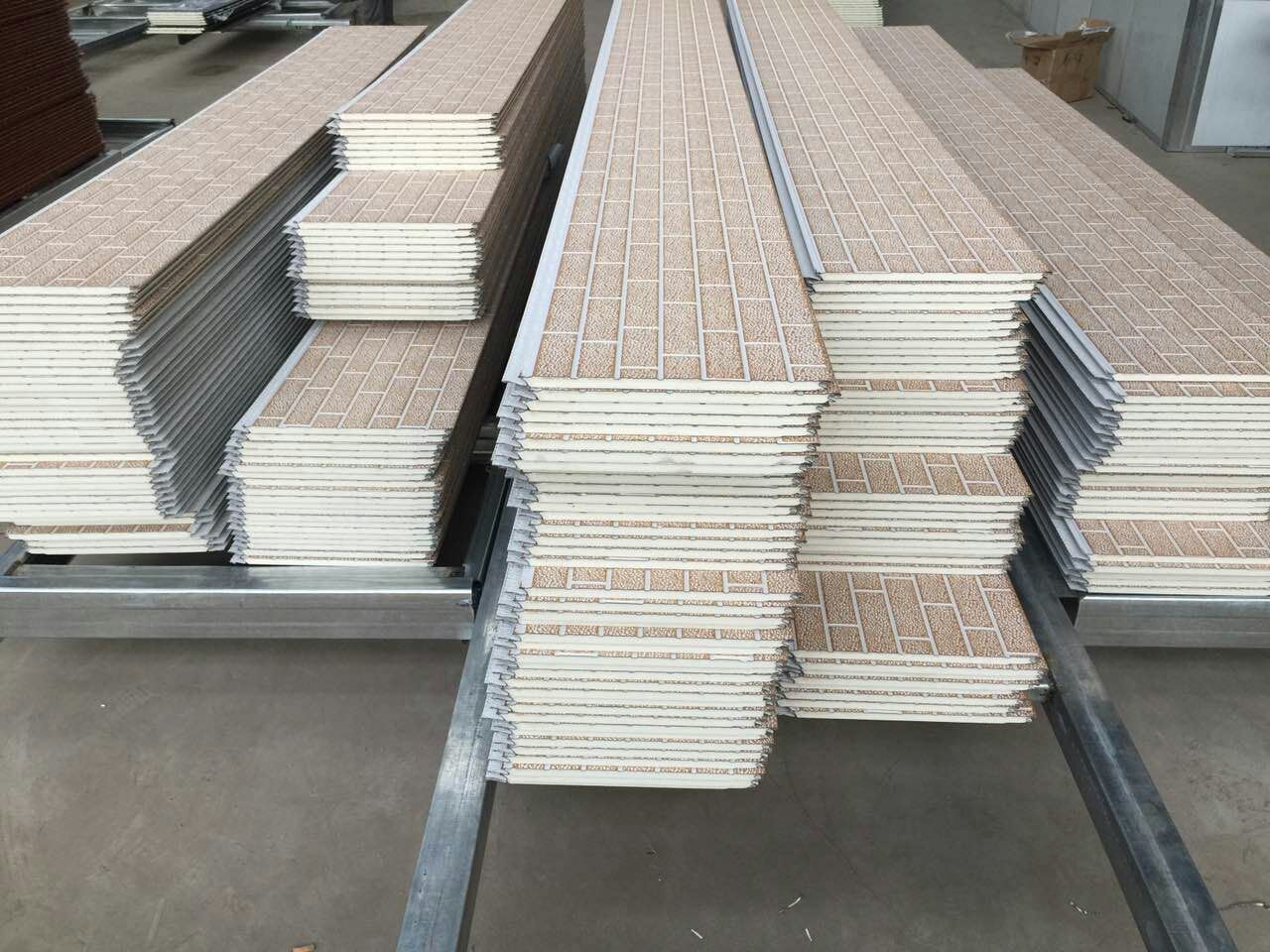 Polyurethane Foam Structural Insulated Panels