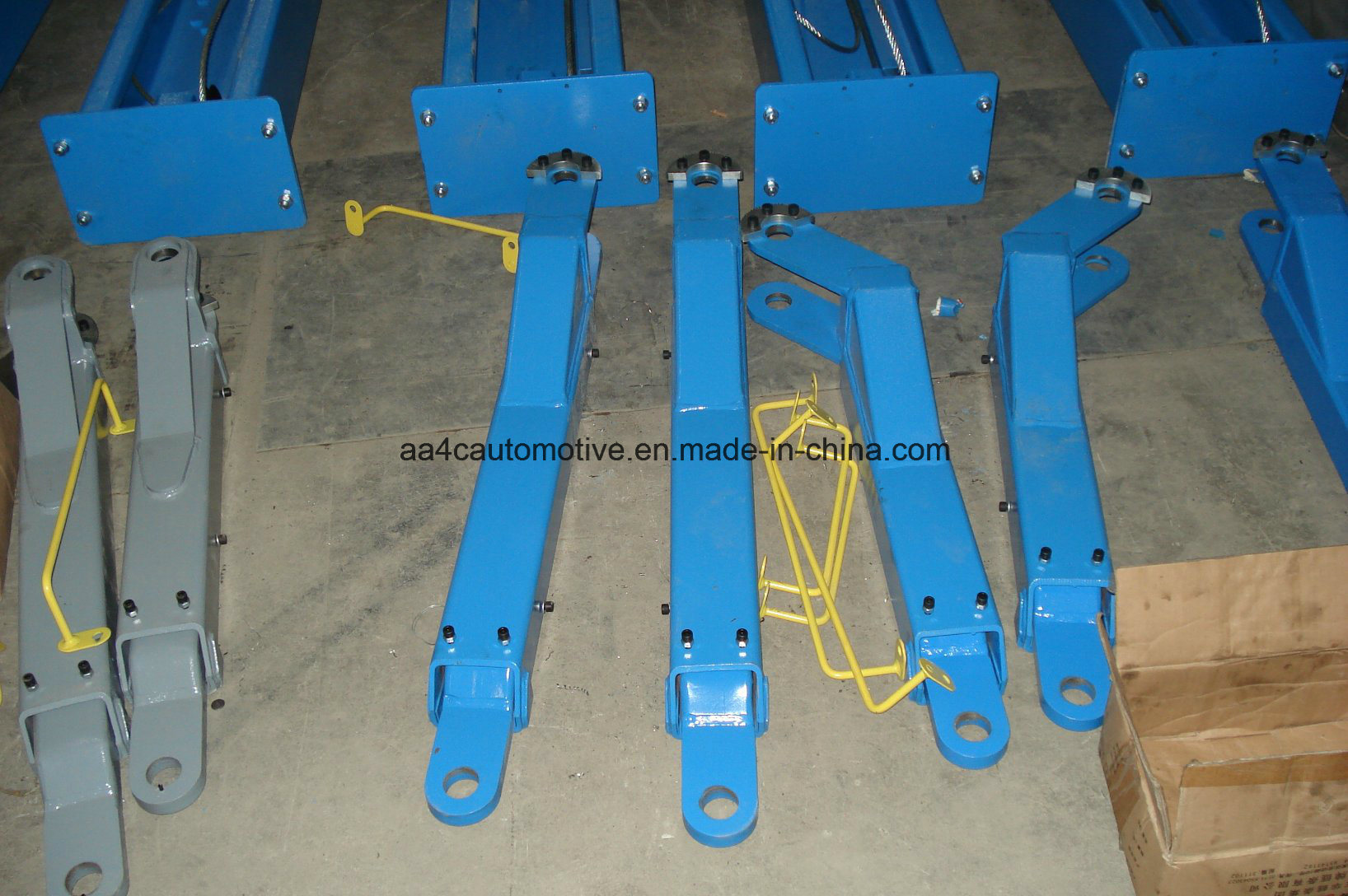AA4c 2 Post Clear Floor Car Lift AA-2CF32&40